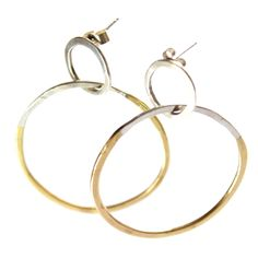 Brassy double hoop e
