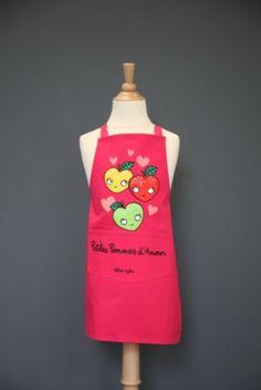 """Tablier Valérie Nylin """"petites pommes d'amour"""" - Accessoire cuisine et rangement/Tablier original, torchon et manique - espritlogis-fr"""