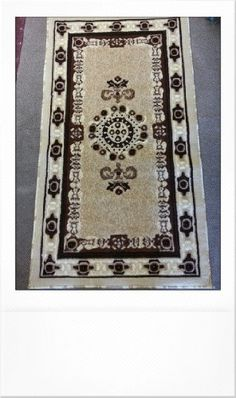 Bathroom Rugs Ideas | Traditional Area Rug Beige Design 121 31inx56in >>> Continue to the product at the image link. Note:It is Affiliate Link to Amazon.