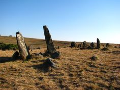 """""""While some academics do not dispute that structures like this are man-made, they are reluctant to believe that it is 75 000 years old, stating that the testing used to date are questionable.  There are numerous myths and theories about the origins of man, and both Adam's Calendar and the Stone Circle Ruins may give evidence to the existence of early civilizations.""""  South Africa"""