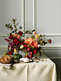 Gorgeous centerpiece. Perfect for Thanksgiving.