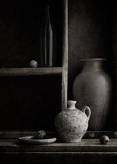 Dramatic grey decor | Kitchen inspiration #darkgrey #grey #kitchen