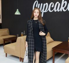 Korean style - long section of lapel Plaid sleeveless woolen coat