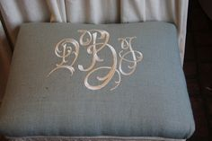 monogram stool- would love to do this on my dining room chairs when I recover them!