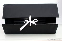 Aufbewahrungsboxen selber machen - build your own storage boxes  #diy #deko #dekoration #decor #interior #doityourself #handgemacht #selbstgemacht #schönerwohnen #wohnen #living #wohnideen #kleiderschrank #schrank #aufbewahrung #interior Licht Box, Diy Blog, Diy Interior, Palette, Food, Old Maps, Paper Craft, Gift Wrapping Paper, Homemade