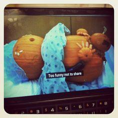 A little L&D humor. Pumkin in labor! Baby In Pumpkin, Little Pumpkin, Mormon Humor, Work Humor, Make You Smile, Pumpkins, My Eyes, Pregnancy, Lol