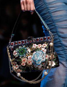 Dolce-and-Gabbana-Spring-2016-Bag-2