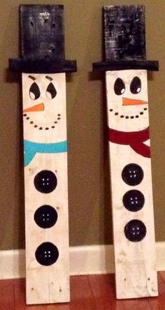 Painted Pallet snowmen by LizzlesSalvagedArt on Etsy