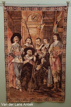 Oud wandkleed met voorstelling van de Schutters van wijk XI onder leiding van kapitein Reynier Reael, bekend als 'De magere compagnie', door Frans Hals en Pieter Codde in 1637.