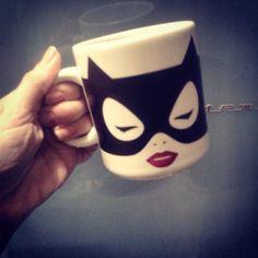 Caneca Mulher Gato Minimalista DC Comics  Mulher Gato- http://www.gorilaclube.com.br/caneca-mulher-gato-minimali…/p Batman- http://www.gorilaclube.com.br/caneca-batman-minimalista-d…/p #mulhergato #mulhergatoo #batman #dccomics #dccomic #catwoman #presentescriativos #presentecriativo #caneca #canecas #horadocafe #gorilaclube #cafe #canecadivertida #canecasdivertidas #tijuca #tijukistan #tijuquistão