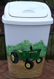 Hand Painted Tractor Trash Can John Deere Crafts, John Deere Decor, John Deere Kitchen, John Deere Bedroom, Painted Trash Cans, Painting Plastic, Painted Chairs, Painted Furniture, John Deere Tractors