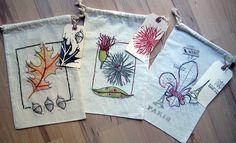http://janeville.blogspot.com/2011/11/sketch-stitch-gift-bag-tutorial.html