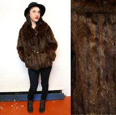 Mod #60s #vintagefur Beaver Bomber Jacket Bomber Coat, Vintage Fur, Art Deco Design, Snug, 1960s, Vintage Outfits, Fur Coat, Buttons, Sleeves