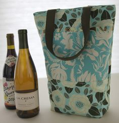 Two-Bottle Wine Bag Tutorial | Sew Mama Sew | Outstanding sewing, quilting, and needlework tutorials since 2005.