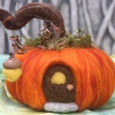 Pumpkin House fall autumn decoration needle felt acorn light (made to order) (woolcrazy)
