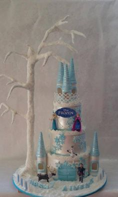 Beautiful And Magical Frozen Castle Cake