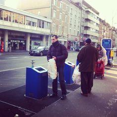 Em Basel-Suíça -> Onde o lixo é coisa séria!  Leiam mais a respeito no link: http://www.brasileiraspelomundo.com/suica-onde-o-lixo-e-coisa-seria-51134303