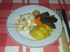 Ficat de manzat cu garnitura de cartofi si salata Olivier Eggs, Breakfast, Food, Salads, Morning Coffee, Essen, Egg, Meals, Yemek