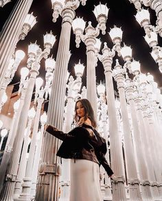 Los Angeles is home to a lot of things beaches trendy restaurants malls museums theme parks concert venues and sports teams. Photo Instagram, Insta Photo, Travel Pictures, Travel Photos, Lacma Los Angeles, Los Angeles Museum, Los Angeles Pictures, Parc A Theme, California Pictures