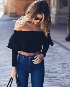 Trendy Ideas For Summer Outfits : / ruffled crop top denim Crop Top Outfits, Mode Outfits, Casual Outfits, Bar Outfits, College Outfits, Night Outfits, Outfits Negro, College Style, College Fashion