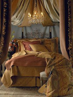 52 Bohemian Home Style Ideas for Cozy Bedroom. There are a whole lot of methods to generate your master bedroom stunning and inviting. The very first step into creating the boho bedroom is to earn the. Dream Bedroom, Home Bedroom, Bedroom Decor, Bedroom Ideas, Lux Bedroom, Master Bedroom, Warm Bedroom, Decor Room, Trendy Bedroom