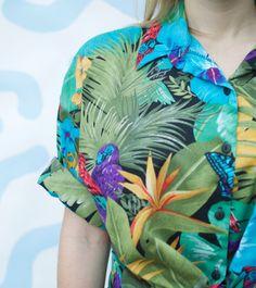 Vintage 90s Tropical Hawaiian Shirt M by PaxSuburbiaGirls on Etsy