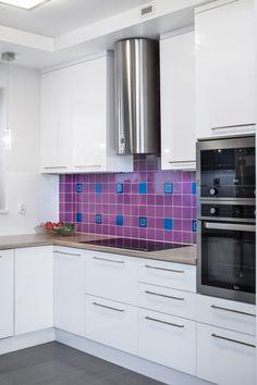 Dom w kolorze lawendy - Amarantowe Studio Białystok.  Aranżacje mieszkań, urządzanie mieszkania, projektanci wnętrz, projektowanie wnętrz, wystrój wnętrz, galeria wnętrz, inspiracje wnętrz, nowoczesne wnętrza.