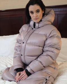Down Winter Coats, Winter Jackets, Nylons, Winter Suit, Winter Parka, Puffer Jackets, Jackets For Women, Womens Fashion, Sexy