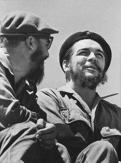 Che Guevara and Fidel Castro in Revolution Square, Havana By Roberto Salas ,1964