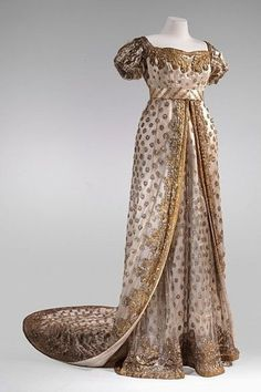 1800s Fashion, 19th Century Fashion, Vintage Fashion, French Fashion, Vintage Gowns, Vintage Outfits, Victorian Dresses, Victorian Gothic, Gothic Lolita