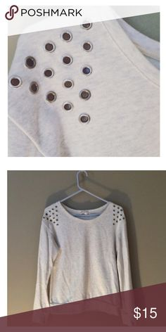 F21/ sweatshirt Forever 21 pullover sweatshirt with open silver circles on the shoulders. size medium but can fit a size small. lightly worn & in excellent condition! 🎉 no flaws/snags.   🚫 not jcrew! 🚫 J. Crew Tops Sweatshirts & Hoodies