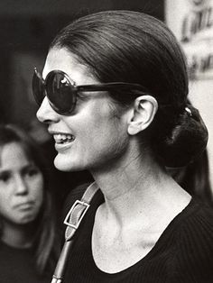 bdc7ff8ef9 9 Important Beauty Lessons We Learned From Jackie O.