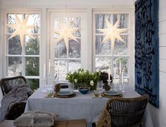 Rustic table for X-mas Swedish Christmas Decorations, Scandinavian Christmas, Christmas Love, Xmas Decorations, Christmas Holidays, Vintage Christmas, Holiday Decor, Scandinavian Style, Rustic Table