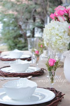 FRENCH COUNTRY COTTAGE: Outdoor Living~ Spring Table