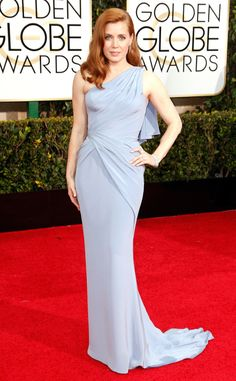 Amy Adams is a vision in Versace!