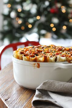 Christmas Honeycomb Cannelloni - A show stopping, vegetarian Christmas dish that will wow your guests! // I, however, will add meat. Christmas Lunch, Christmas Dishes, Christmas Pasta, Italian Christmas, Christmas Treats, Christmas Recipes, Merry Christmas, Cannelloni Recipes, Great Recipes