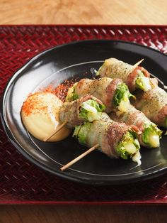 Latex Yakitori with Oyster Mayo Pork Recipes, Wine Recipes, Asian Recipes, Easy Cooking, Cooking Recipes, Japanese Dishes, Cafe Food, Food Plating, No Cook Meals