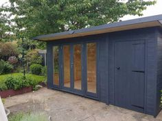 Summer house + workshop combo double glazed x DEL & ERE free paint Shed Office, Backyard Office, Backyard Studio, Backyard Sheds, Garden Studio, Garden Office, Pool House Shed, Wooden Summer House, Summer House Garden