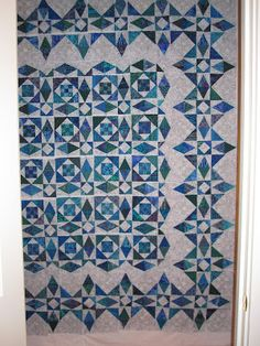 Julie's Quilts and Costumes: Blogger's Quilt Festival--Storm at Sea