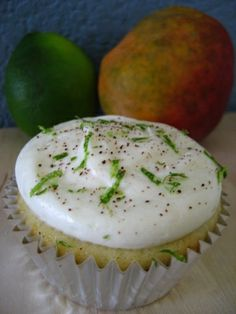 Vanilla Garlic: Mango Lime Cupcakes with Neufchâtel Cheese Frosting & Chili Powder