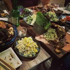 #saturdaynighout #koreanstyle #jokbal #bossam #chicken #soju