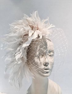 White Fascinator, Fascinator Hats, Fascinators, Kentucky Derby Fascinator, Derby Hats, Floral Headpiece, Headpiece Wedding, Head Accessories, Bridal Accessories