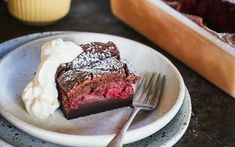 This moreish chocolate raspberry custard cake is like magic with its layer of custard and spongy fruity top. Serve with freshly whipped cream for a decadent dessert everyone will love! Vanilla Whipped Cream, Custard Cake, Pudding Desserts, Confectionery, Desert Recipes, Chocolate Desserts, Raspberry, Sweet Tooth, Good Food