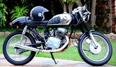 Find Motorcycle Deals in Port Elizabeth! Search Gumtree Free Classified Ads for Motorcycle Deals and more in Port Elizabeth. Honda Cafe Racer, Cafe Racer Motorcycle, Port Elizabeth, Used Motorcycles For Sale, Gumtree South Africa, Expresso, Sport Bikes, Affair, Wheels