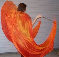 Learn to make some sweet veil poi, aka Voi. This is the only in depth tutorial I could find after scouring the net!