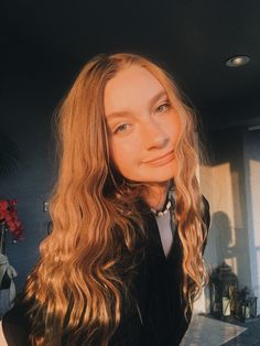 ig:iizzykemp isabella kemp on YT Golden Hour, Snapchat, Long Hair Styles, Pictures, Beauty, Instagram, Beleza, Long Hair Hairdos, Long Hair Cuts