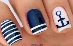 Diy Nail Designs Nautical Nail Art May 2020 Diy Nail Designs, Simple Nail Designs, Nail Art Diy, Diy Nails, Sailor Nails, Ambre Nails, Nautical Nail Art, Cruise Nails, Manicure