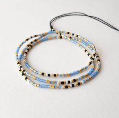 Bracelets Roses, Seed Bead Bracelets, Bracelet Sizes, Seed Beads, Blue Gold, Gifts For Mom, Turquoise Bracelet, Jewelry Making, Bead Jewellery