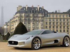 Jaguar revela detalhes do C-X75