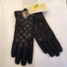 Michael Kors Quilted Leather Gloves sz M Authentic Michael Kors genuine leather gloves with quilted leather.  Black leather with gold hardware at wrist. comes just above the wrist. gathered on inside for comfort.  Completely lined with soft fleece like lining.  Women size Med.  New with original tags still attached of $98 Michael Kors Accessories Gloves & Mittens